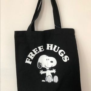 Forever 21 Black Canvas Snoopy Free Hugs Tote Bag